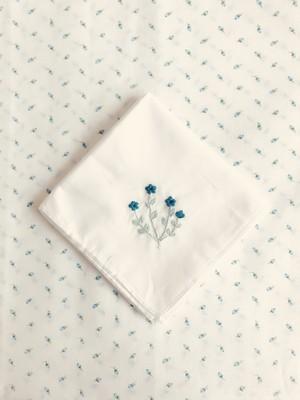 お花のハンカチーフ - D