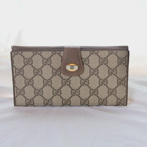 "GUCCI ""GG"" Wallet"