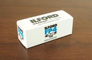 【120 モノクロネガ】ILFORD(イルフォード) FP4 PLUS 125