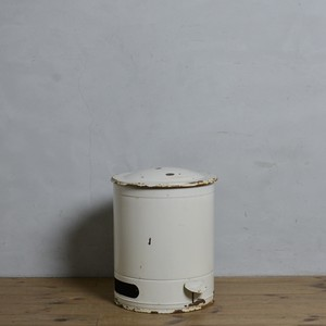 Garbage Can / ガーベッジ カン〈ゴミ箱・ダストボックス・ホーロー・琺瑯・店舗什器・アンティーク・ヴィンテージ〉112113