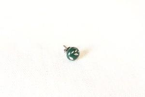 うるしbeansピアス 花塗り 緑