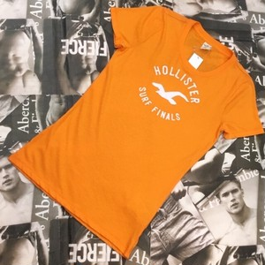HOLLISTER WOMEN Tシャツ Lサイズ