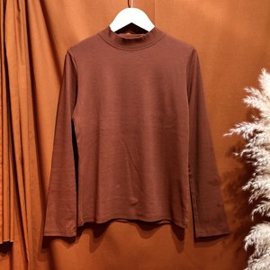 Mockneck color t-shirt  Color : Brown