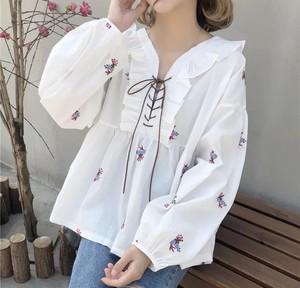 2color♡ 春秋に大活躍♡ ボヘミアン ブラウス トップス チュニック ボリューム袖 フラワー 刺繍