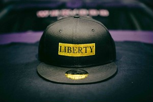 LIBERTY  CAP NEW ERA ゴールド