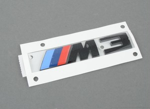 BMW純正部品 F80 M3コンペティションパッケージモデル専用リアエンブレム