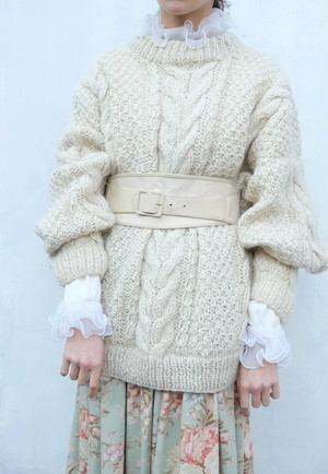 asa moya knit sweater.