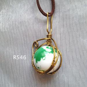 地球ビー玉ペンダント 緑