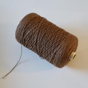 スウェーデン製 ビンテージ糸 ④ ブラウン
