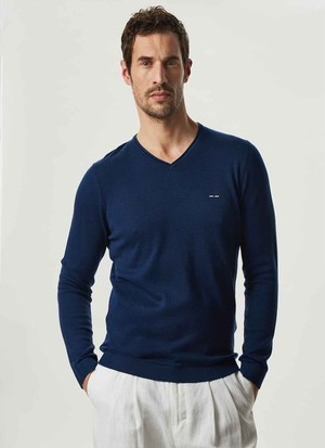 V-NECK ORGANIC COTTON SWEATER