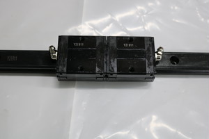 LMガイド SSR20V2UUF+760LF