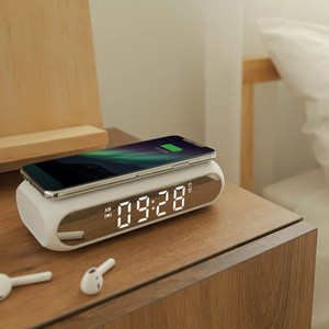 wireless charging slim alarm clock /  無線充電 アラーム時計 韓国