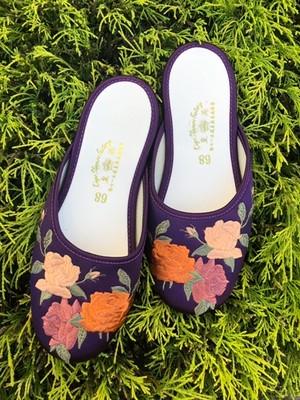 香港 刺繍スリッパ