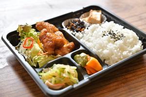 5種の惣菜弁当(3日前までに要予約)