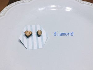 wood / diamond