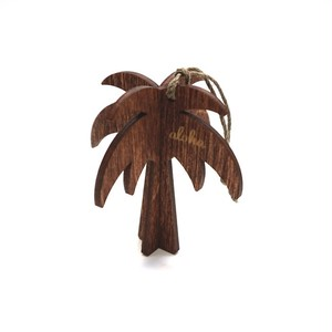 木の温もりを感じる ハワイ でデザインされ手作りされた 木製 オーナメント【パームツリー】