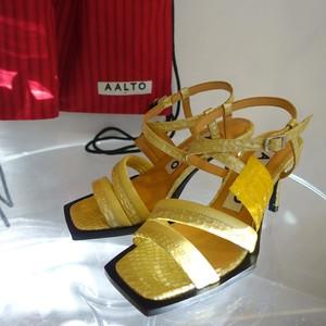 AALTO / square toe sandal