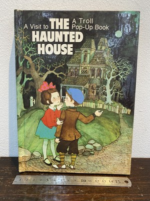 80's THE HAUNTED HOUSE  A pop-up book