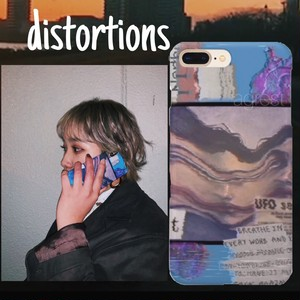 """distortions"" iPhoneケース"