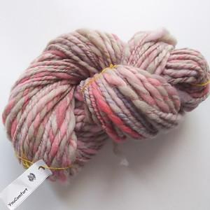 手染め羊毛 オリジナル手紡ぎ糸 レインボー染  64g 810
