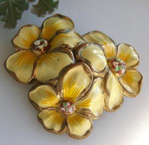 アンティークブローチ 黄色いエナメルのお花