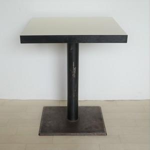 白地テーブル(小)