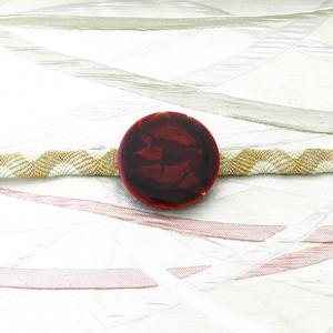 飛騨春慶の帯留め 紅/銀箔[OB02]