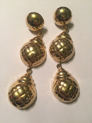Vintage gold large earrings ( ヴィンテージ  ゴールド ビッグ イヤリング )