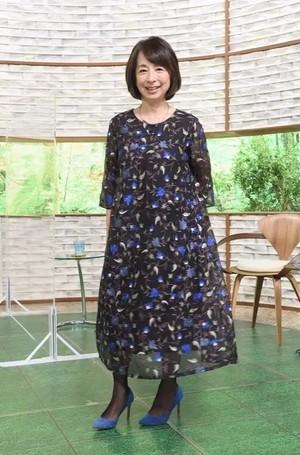 〈阿川佐和子さん着用〉オーガンジーフラワー刺繍ワンピース