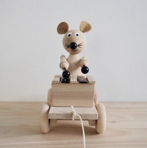 S & B / Edgar Pull Along Xylophone Mouse