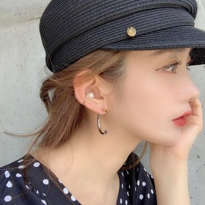 pearl moon ear cuff (即納)