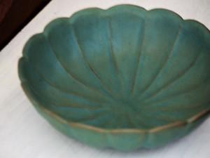 トルコ輪花の大鉢