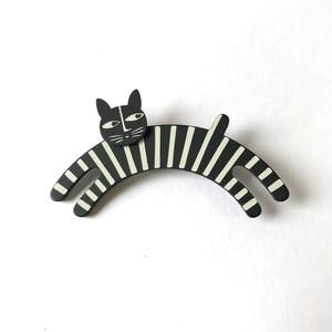 K-Formブローチ(のび猫:モノトーン)