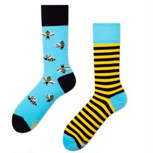 *再入荷*MANY MORNINGS SOCKS くつした BEE BEE ハチ柄