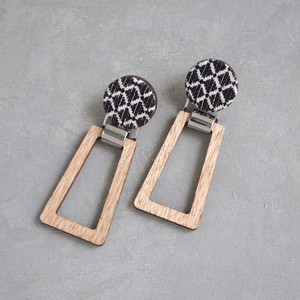pierced earrings C-P10/earrings C-E10<silver>