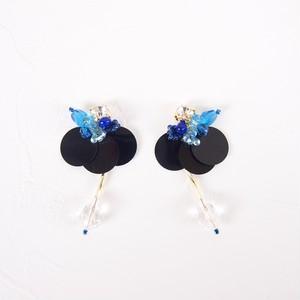 091黒バタフライ:ブルー(イヤリング・ピアス)