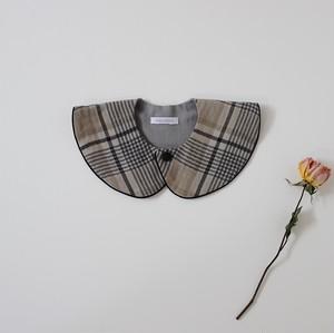 round collar bib / タータンチェック