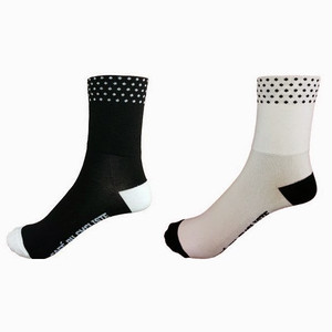 Cafe du Cycliste DOTTED CYCLING SOCKS - MEDIUM CUFF