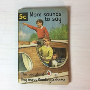 BOOK Ladybird Books 5c『More sounds to say』