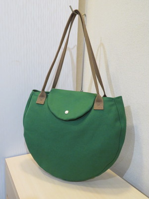 【株式会社ファイナル】帆布鞄 INUIT(イヌイット) 帆布丸形トートバッグ