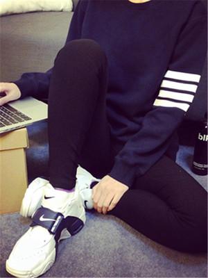 【tops】Simple design loose fashion sweatshirt