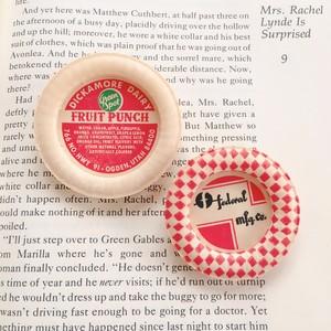 Vintage Milk cap badge / FRUIT PUNCH×FEDERAL MFG
