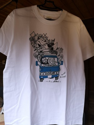 CAMPSオリジナルイラストTシャツ《過積載》