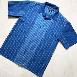 old gradation stripe pattern shirt