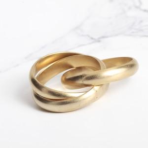 即納 韓国 アクセサリー 指輪 リング ゴールド ねじれ 3連 重ねづけ 多重リング 大人かわいい 上品 韓国ファッション オルチャン ブライダル 結婚式 二次会 パーティー RIG0012