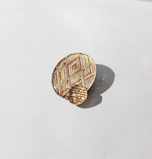 博多織樹脂ブローチ(RB-2)ワインレッド 紫 パープル ベージュ ゴールド 金 レジン 和装 着物 浴衣