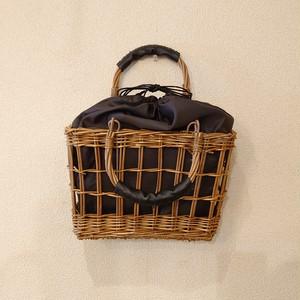 【送料込み】 かご バッグ ~ 柳 透かし お洒落な 角形 可動ハンドル