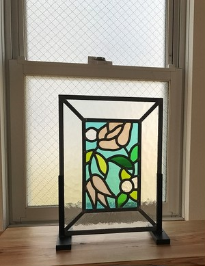 花のステンドグラスパネル アダージョ