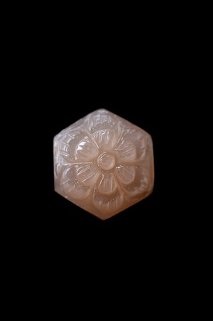 Carving Moonstone - 022