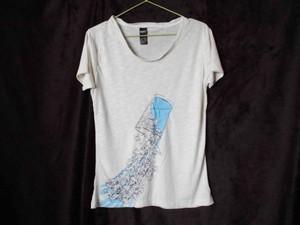 Tシャツ(水と兎)